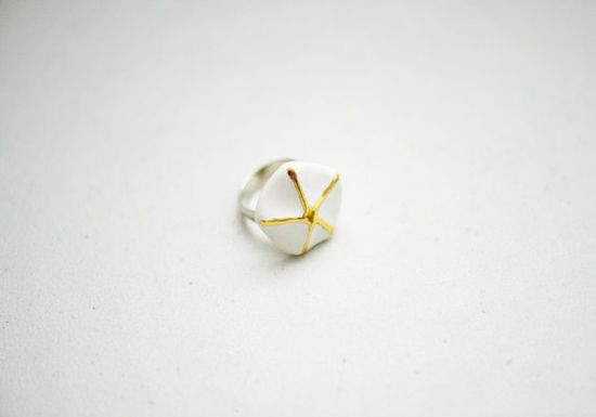 Coastal Porcelain - Gold and White Starfish Concept Porcelain Ring - Jewelry - Adjustable - Nickel Free