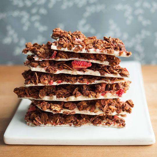 Recipe: Strawberry-Almond Granola Bark