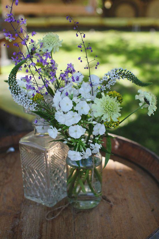 Wedding flowers / Tasmania Wedding by Murphy Photography