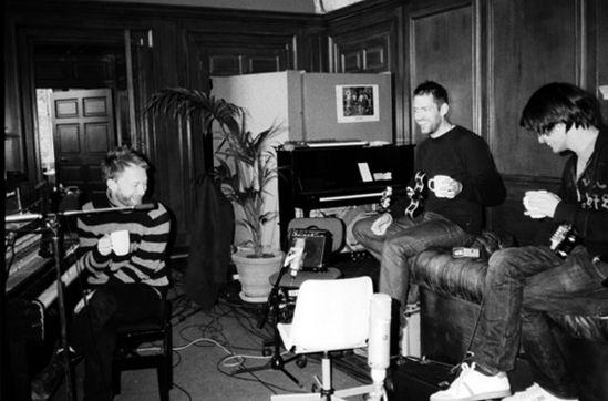 Radiohead - Creep - youtu.be/XFkzRNyygfk