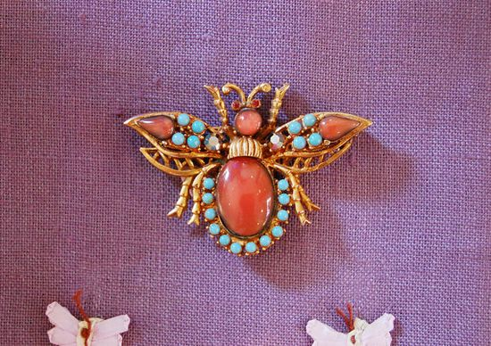 1950s Costume Jewelry Coral Turquoise Glass Stones Bumble Bee Brooch Pin