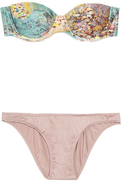 rstyle.me/g7razrbtd    This Zimmermann bikini is perfect for the beach!