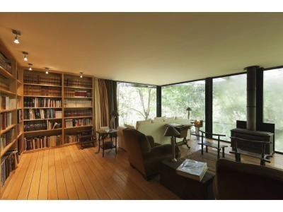 Interior (I love wood floors)