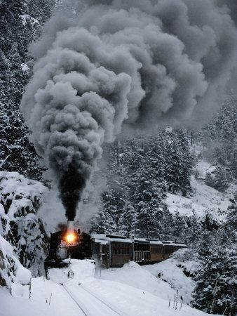 pictures of steam trains in the snow -
