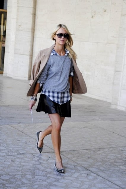 Dressing down a skirt. Casual tee + dressy skirt + flats