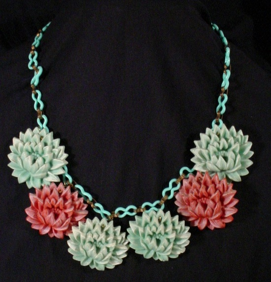 Vintage Celluloid Chain Plastic Celluloid Carved Flower Necklace