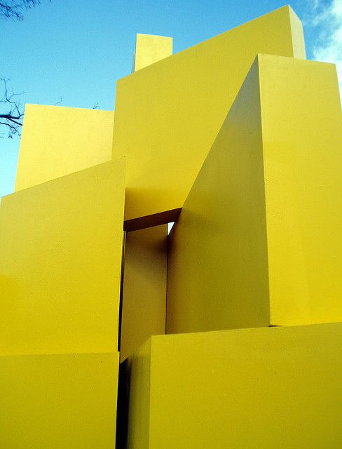 Escultura de Gerardo Rueda Passeo del Prado, Madri by Jefferson Bandeira de Mello, via Flickr #Architecture - ?k?