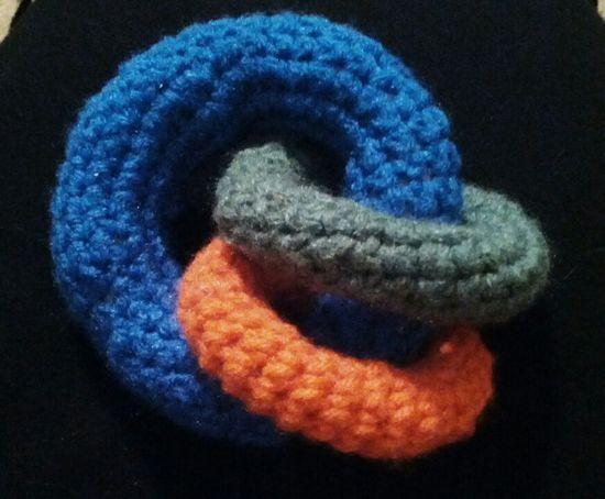 Loop baby toy