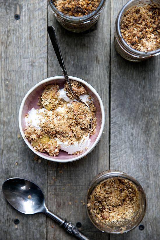 apple + sage + oat crisp ... in a jar!