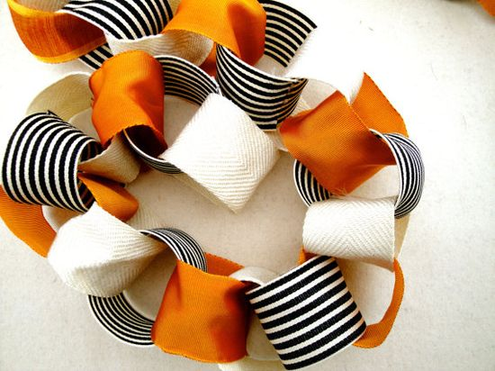 DIY Halloween Garland, Trick or Treat Garland made with ribbon