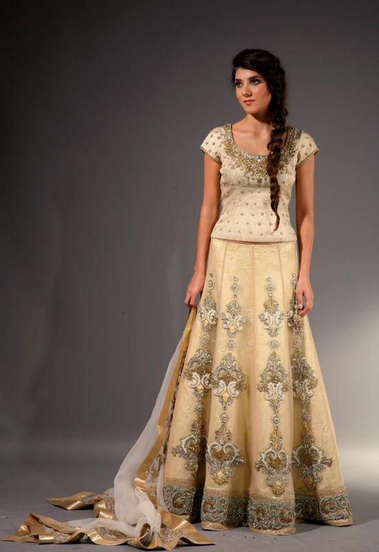 Cream lengha by Mansi Malhotra London - Asian Wedding Ideas