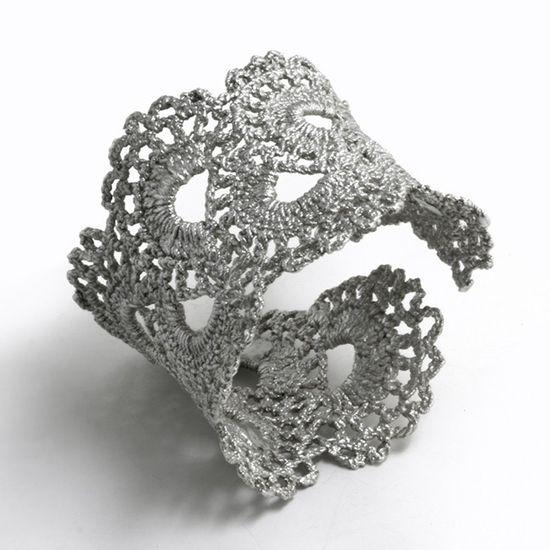 Crochet around wire for crochet bracelet