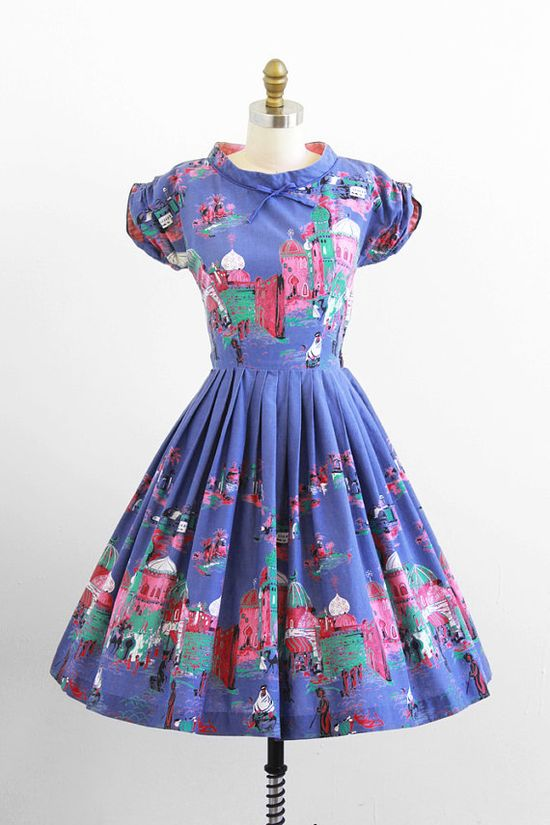 Fabulous 1950s Arabian Nights novelty print dress. So cool! #vintage #1950s #fashion