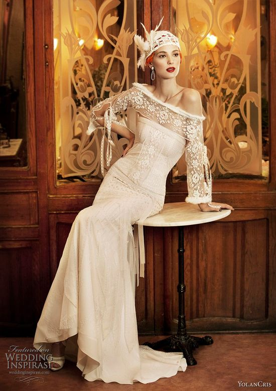 vintage long sleeve lace #wedding #dress