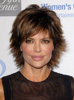 I LOVE Lisa Rinna's haircuts