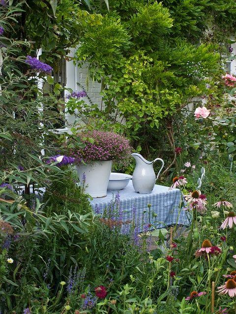 Lovely cottage #garden interior design #garden decorating #garden design ideas #garden decorating before and after
