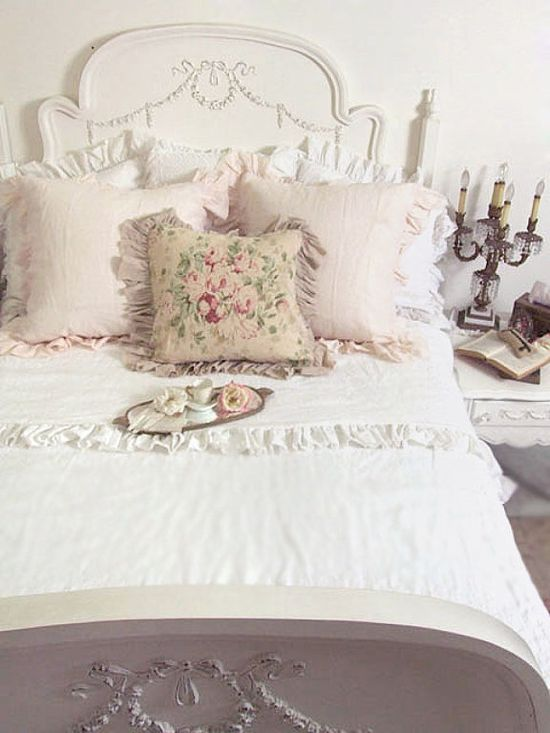 shabby chic #shabbychic #country #cottage #decor #interiors #bedroom