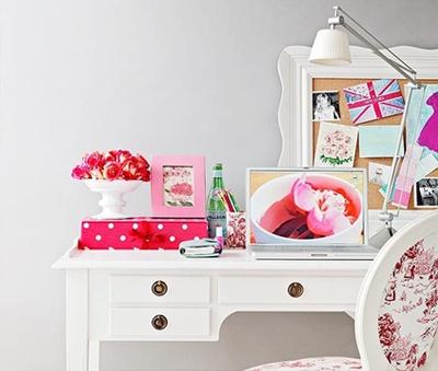 Pink workspace