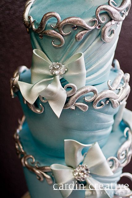 """Detail of the """"Cindy"""" cake, by Gimme Some Sugar (vegas!)"""