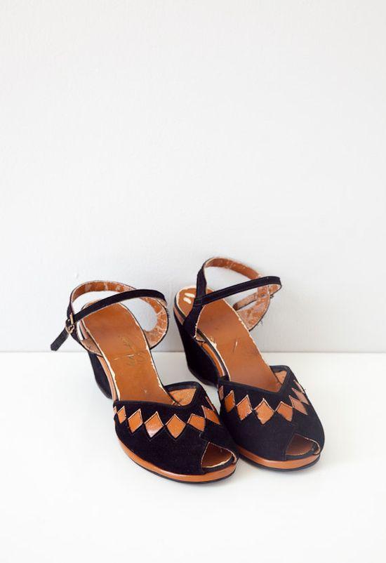 vintage 1940s shoes / 1940s shoes / vintage wedges / vintage 40s shoes / vintage sandals