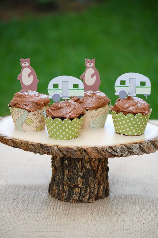 cupcake toppers a la camping