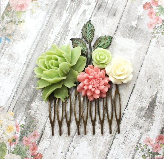 Flower Hair Comb Hair Accessories Floral by apocketofposies, $38.00