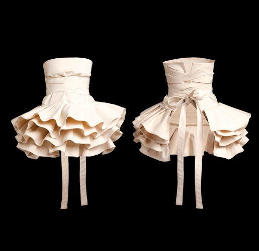 tutu apron.  I would SO rock this out on Apron Day!