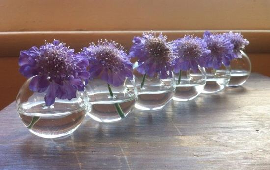 Such a great simple flower arrangement