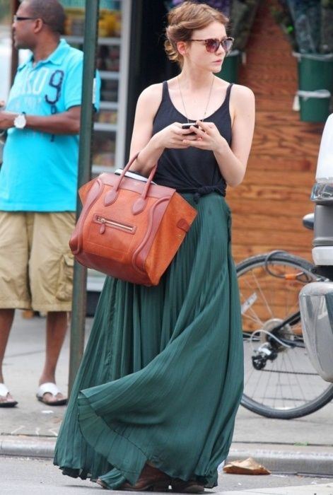 I love the teal flowy maxi skirt paired with the black knotted tank :)