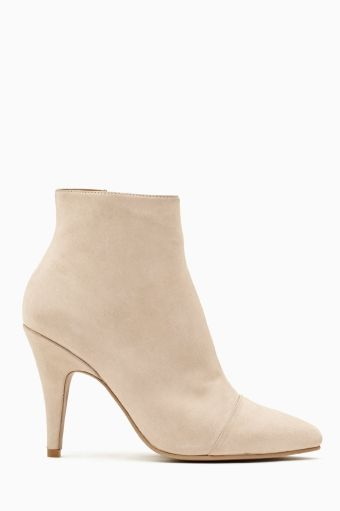 Lorquin Ankle Boot by Jeffrey Campbell