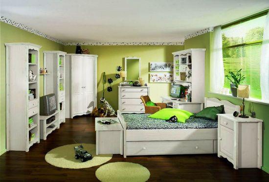 Green Bedroom Design