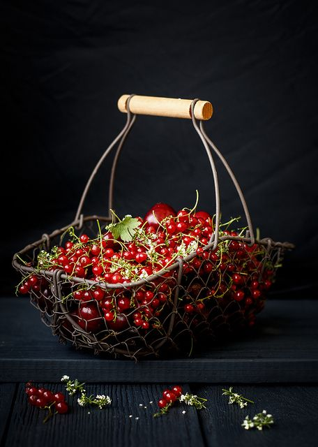 Food photography and styling : Red Currants