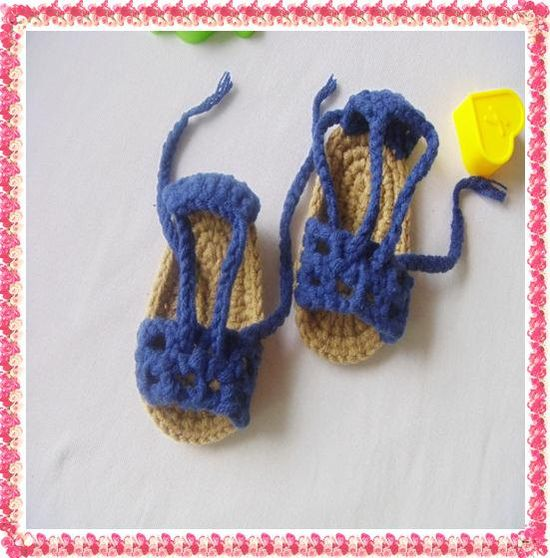 baby girls fashion shoes Handmadle  Crocheted  by SmileCollector, $8.00