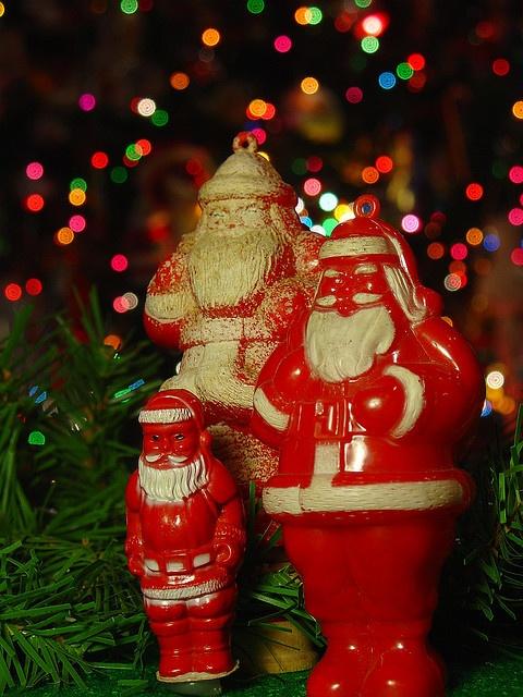 I love vintage plastic Christmas ornaments.