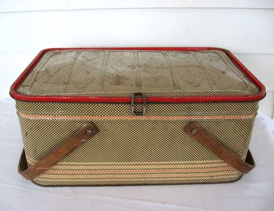 1950's Picnic Tin - Brown and Bone Check with Red Border Designs Wood Handles.