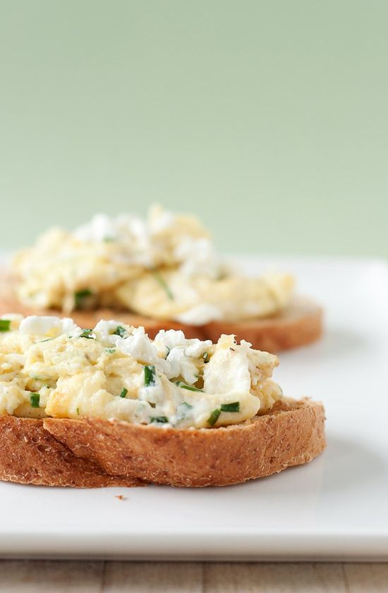Goat Cheese & Chive Scrambled Eggs
