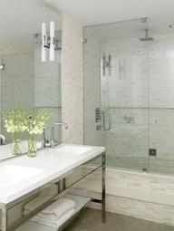 Modern ensuite... Bathroom