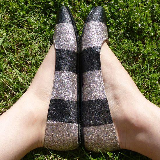 DIY: striped glitter flats