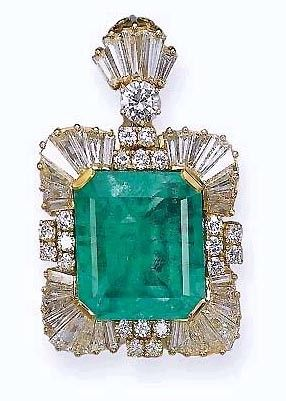 Emerald & Diamonds pendant