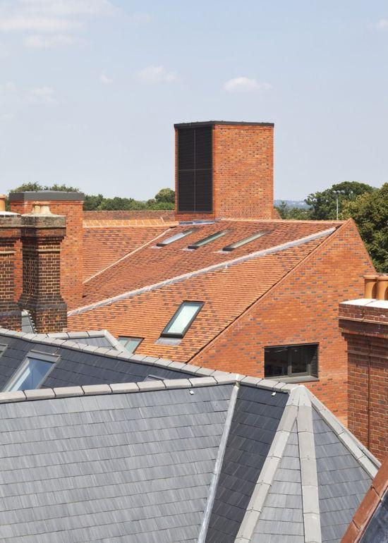Brentwood School Study Centre and Auditorium / Cottrell Vermeulen Architecture