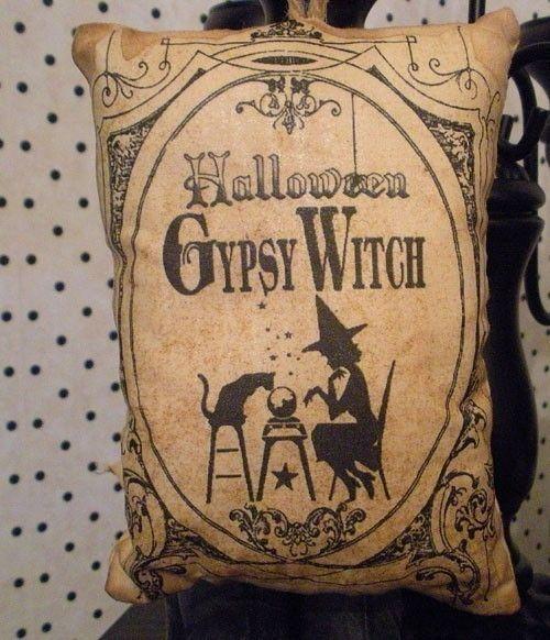 .Halloween Gypsy Witch
