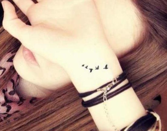 I don't know why but I'm kinda obsessed with birds flying tattoos ?