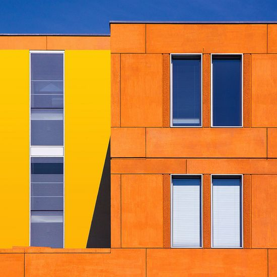 start the week with colours, via Flickr.