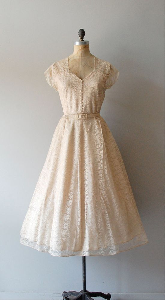 vintage 1940s Champagne Toast lace dress