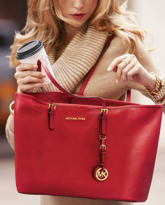 I am dreaming of a red Michael Kors bag. Scrumptious I tell you...scrumptious.