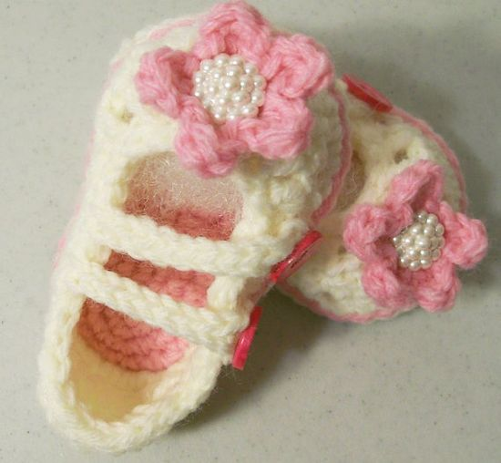 Baby Girl Mary Jane BootiesBaby Girl shoes  Soft by togs4tots, $18.00