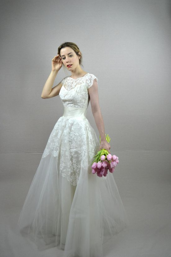 50s wedding dress / vintage 1950s wedding dress / Briella. $198.00, via Etsy.