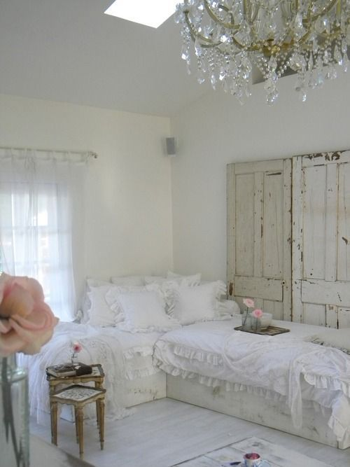 White Shabby Chic Bedrooms  Crisp, clean - ideasforho.me/... -  #home decor #design #home decor ideas #living room #bedroom #kitchen #bathroom #interior ideas