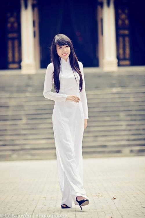Ao dai --> Vietnam beauty