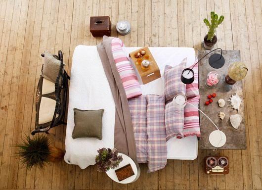 Bed picnic